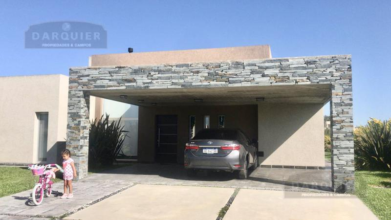 Foto Casa en Venta en  Santa Juana,  Canning  JUANA DE ARCO 6700