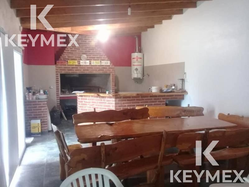 Foto Casa en Venta en  City Bell,  La Plata  19 entre 477 y 478