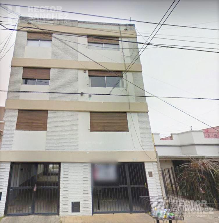 Foto Departamento en Venta en  Villa Sarmiento,  Moron  Emilio Mitre al al 800