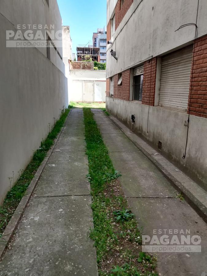 Foto Cochera en Venta en  La Plata ,  G.B.A. Zona Sur  3 e 58 y 59 N° 1289
