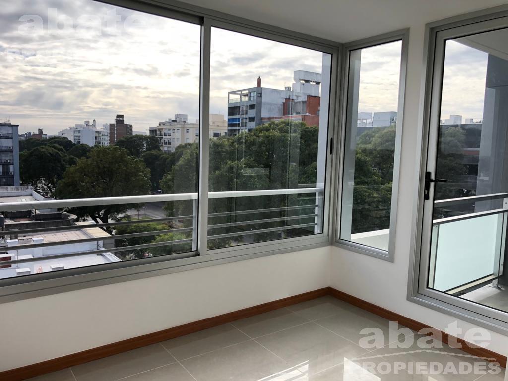 Foto Apartamento en Alquiler en  Tres Cruces ,  Montevideo  Divino! Estrene, Br. Artigas y Hocquart. Mucho sol!