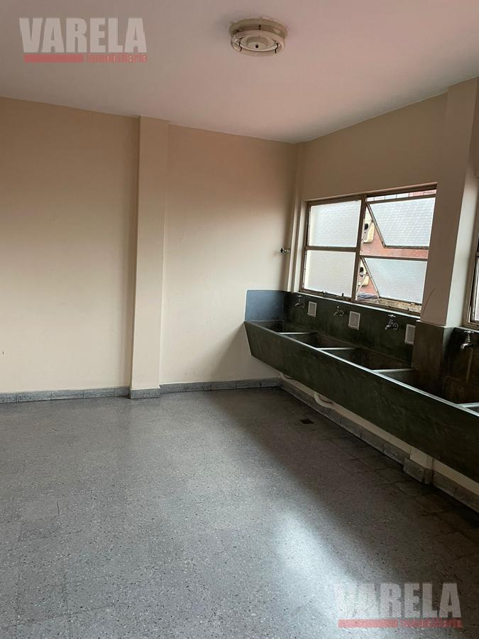 Foto Departamento en Venta en  Balvanera ,  Capital Federal  Hipólito Yrigoyen 2900
