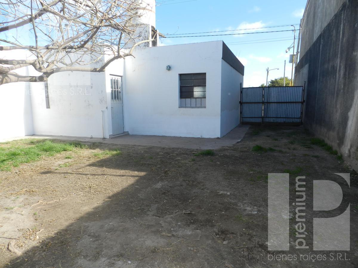 Foto Casa en Alquiler en  Independencia,  San Francisco  Av. de La Universidad 354