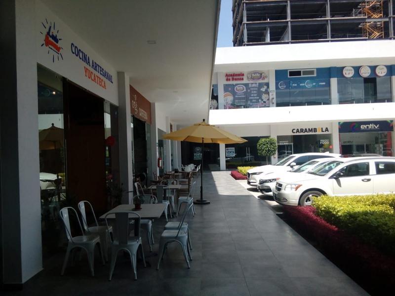 Foto Local en Renta en  Colinas del Cimatario,  Querétaro  Local Comercial en  Renta Planta Baja, Plaza Nazas Centro Su