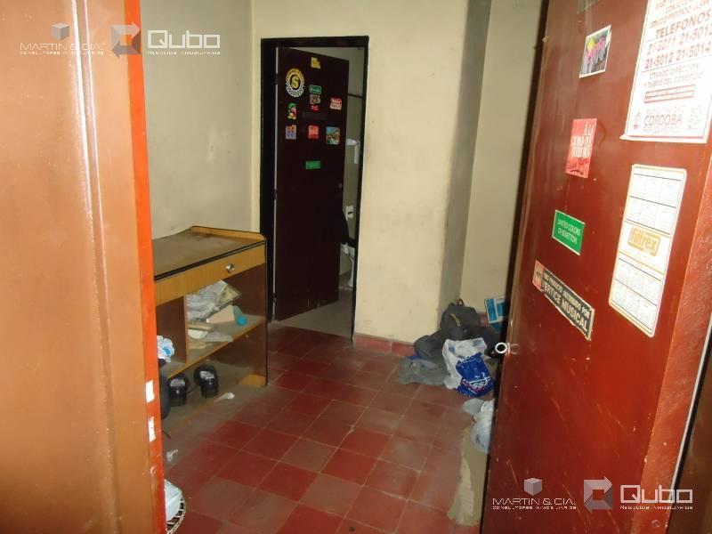 Foto Depósito en Venta en  Guemes,  Cordoba  Domingo Funes al 400