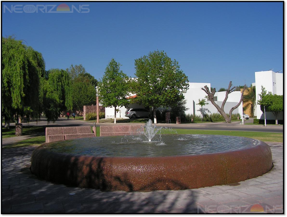 Foto Terreno en Venta en  Villantigua,  San Luis Potosí  Oportunidad Terreno Residencial en Venta en Fracc. Villantigua SLP