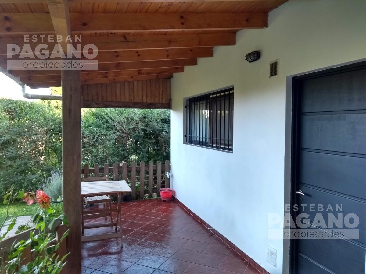 Foto Casa en Venta en  La Plata ,  G.B.A. Zona Sur  232 e 44 y 45