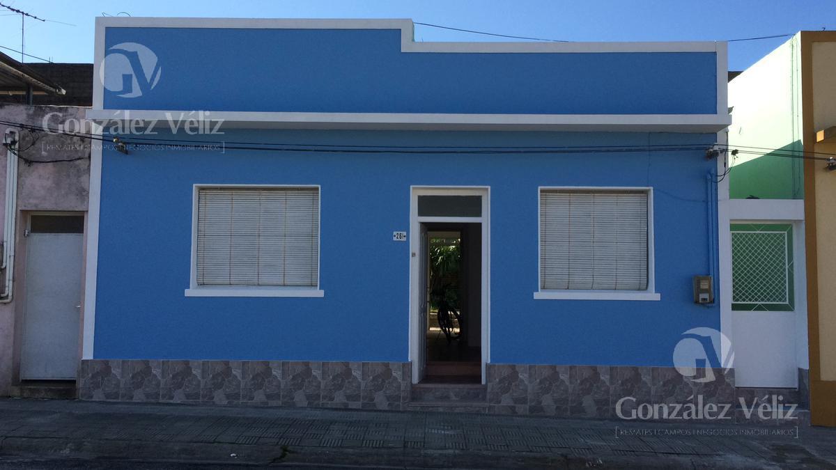 Foto Casa en Alquiler en  Carmelo ,  Colonia  Lavalleja al 200