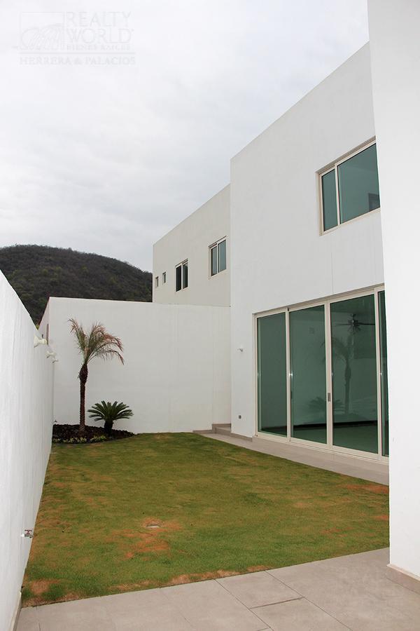 Foto Casa en Venta en  Monterrey ,  Nuevo León  CASA EN VENTA EN CAROLCO, CARRETERA NACIONAL