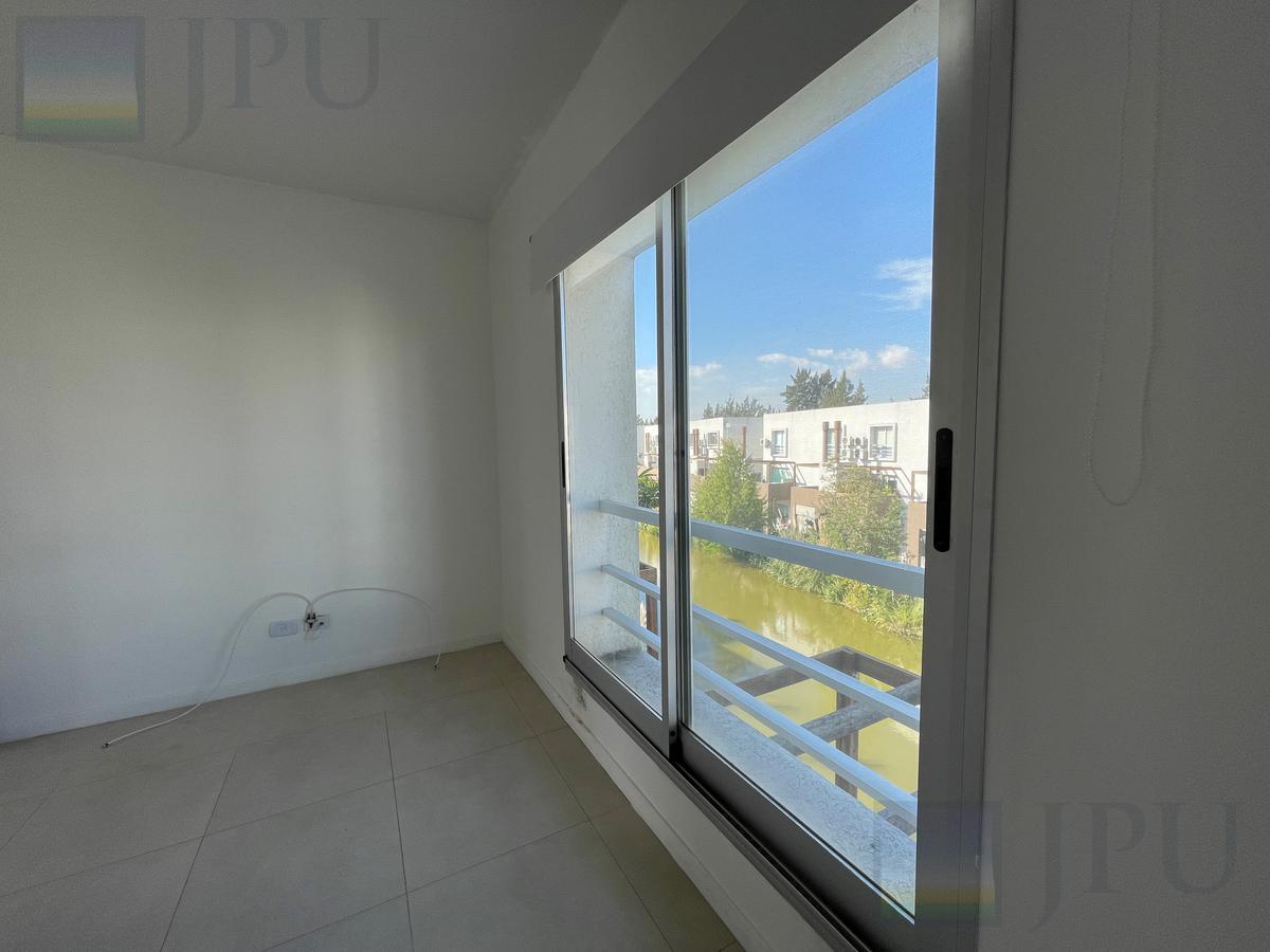 Foto Departamento en Venta en  Lago del Sendero,  El Sendero  Duplex 3 ambientes Barrio Sendero Lago Nordelta