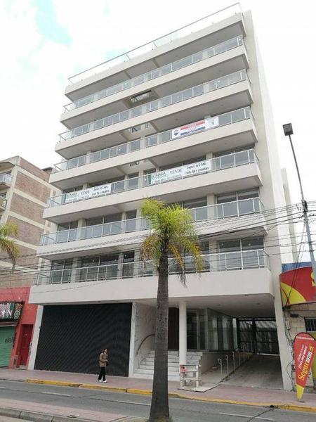 Foto Departamento en Alquiler en  Tigre,  Tigre  Avenida Cazon 346