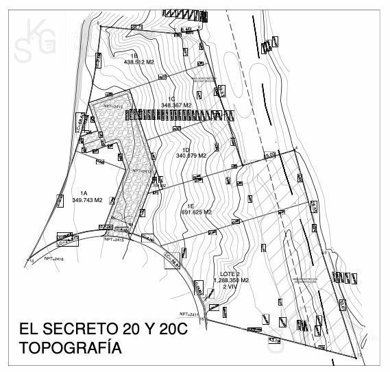 Foto Terreno en Venta en  Bosque Real,  Huixquilucan  SKG Asesores VENDE Terrenos UNIFAMILIARES  en Privada El Secreto de Bosque Real