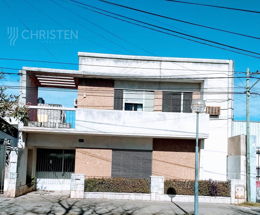 Foto Casa en Alquiler en  Barrio Sur,  La Capital  Juan Jose Paso al 3300
