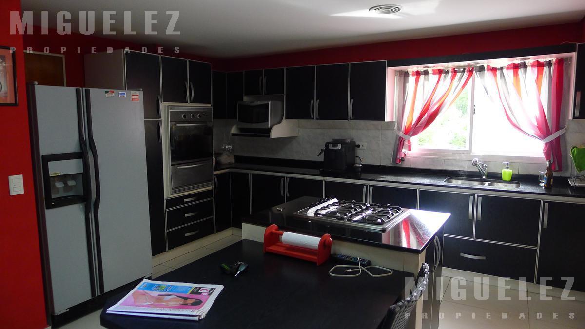 Foto Casa en Venta en  Venado  II,  Countries/B.Cerrado (E. Echeverría)  casa en venta CANNING VENADO 2