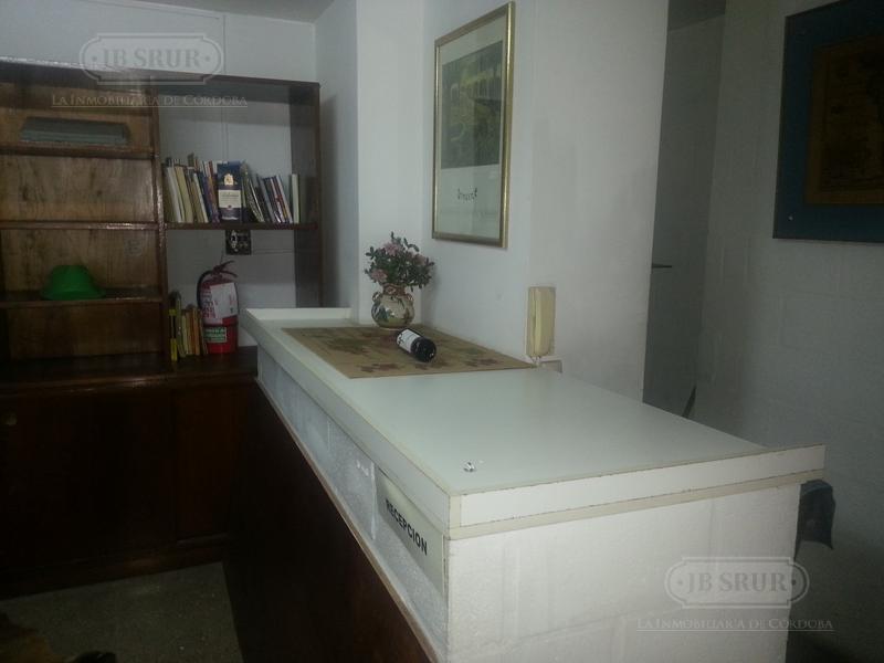 Foto Oficina en Alquiler en  Centro,  Cordoba  Urquiza al 300