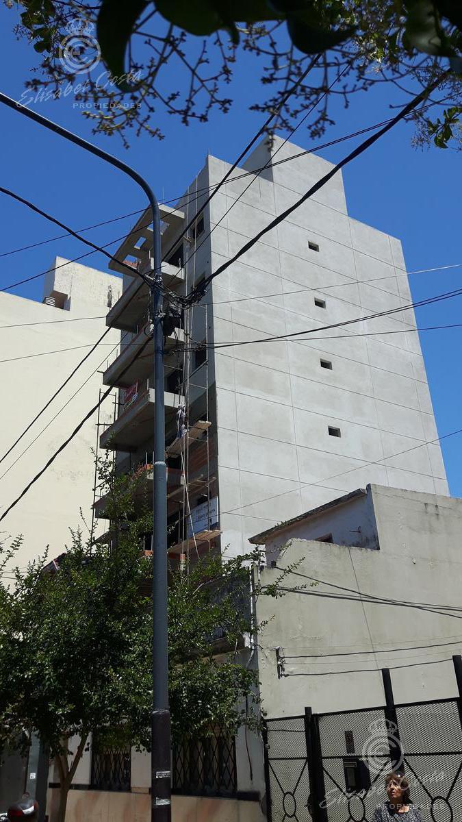 Foto Departamento en Venta en  Lanús Este,  Lanús  A. Illia Nº al 1085