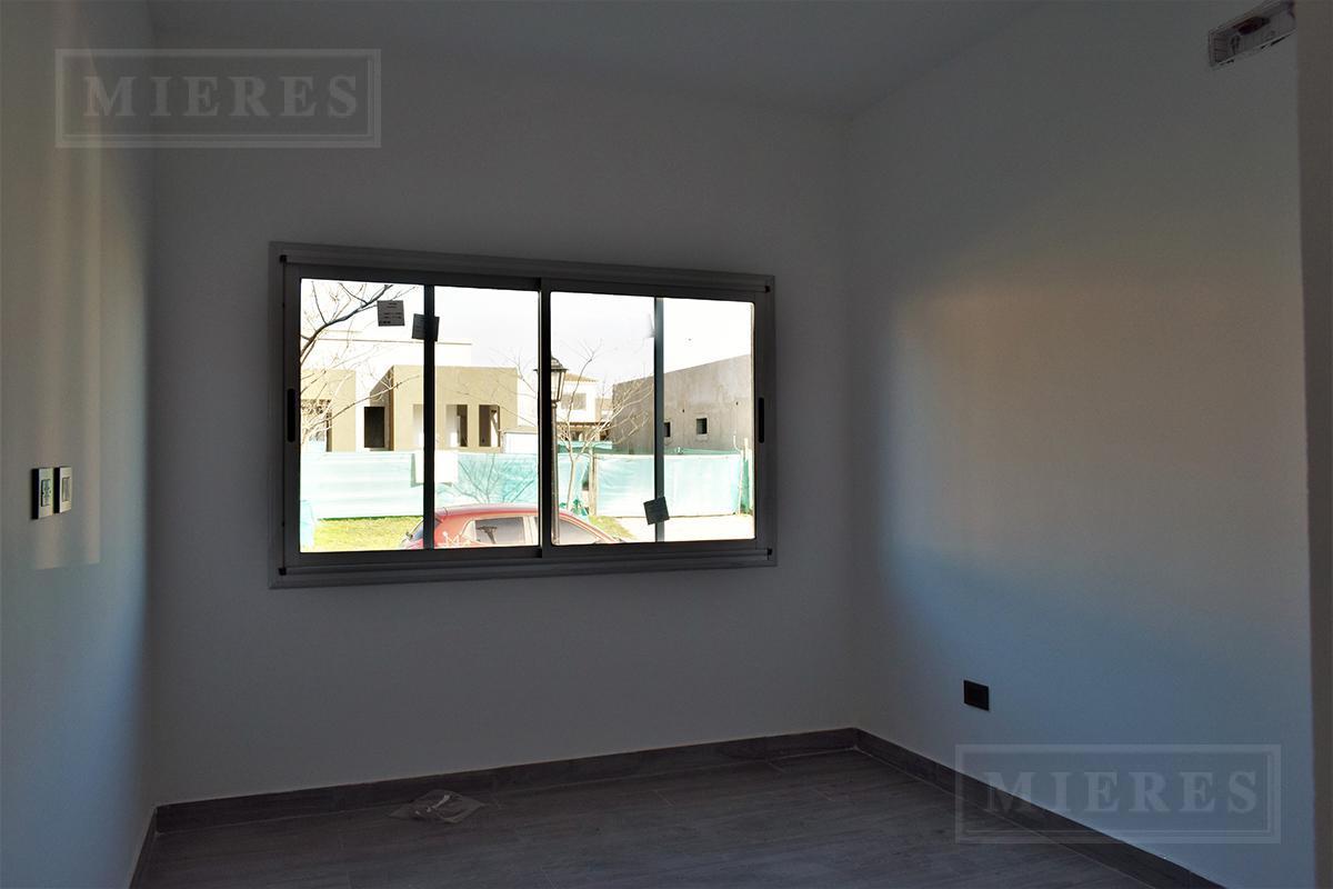 MIERES Propiedades- Casa de 173 mts en Pilar del Este Santa Guadalupe