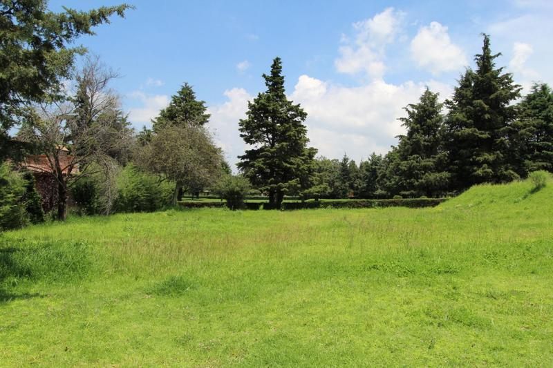 Foto Terreno en Venta en  Club de Golf los Encinos,  Lerma  Fraccionamiento Club de Golf los Encinos, Lerma, Mex., terreno en venta