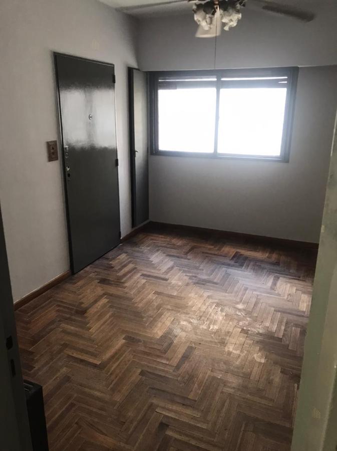 Foto Departamento en Alquiler en  Balvanera ,  Capital Federal  ECUADOR 321 4ª C