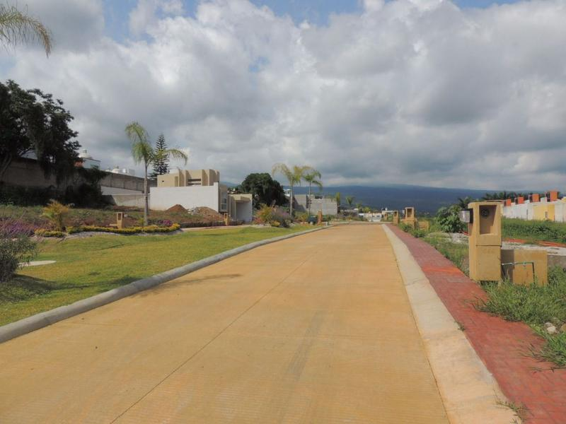 Foto Terreno en Venta en  Fraccionamiento Lomas de Ahuatlán,  Cuernavaca  Venta de terreno en Kloster Ahuatlán, Cuernavaca, Morelos...Clave 1941