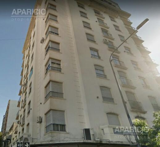 Foto Departamento en Venta en  La Plata ,  G.B.A. Zona Sur  49 esquina 8