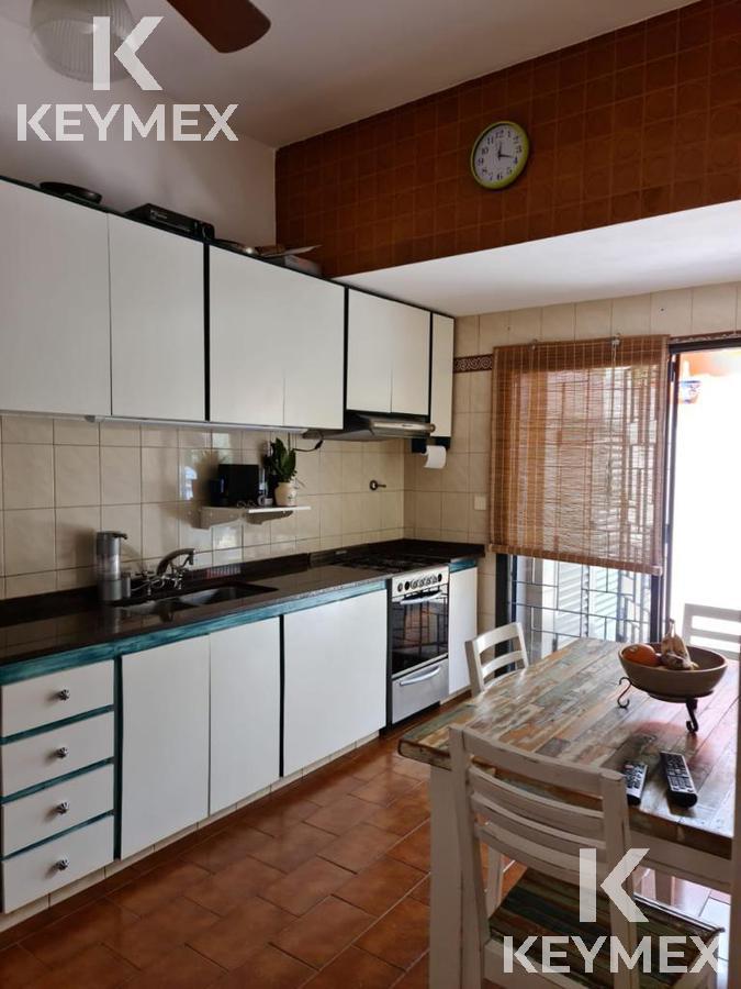 Foto PH en Venta en  Lomas Del Mirador,  La Matanza  Casa Lomas del Mirador