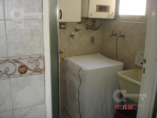 Foto Departamento en Alquiler temporario en  Caballito ,  Capital Federal  Av. Rivadavia al 5500