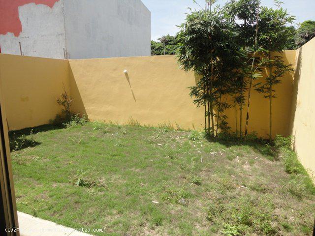 Foto Casa en Venta | Renta en  Fraccionamiento Paraíso Coatzacoalcos,  Coatzacoalcos  CASA EN RENTA ZONA RESIDENCIAL PARAISO