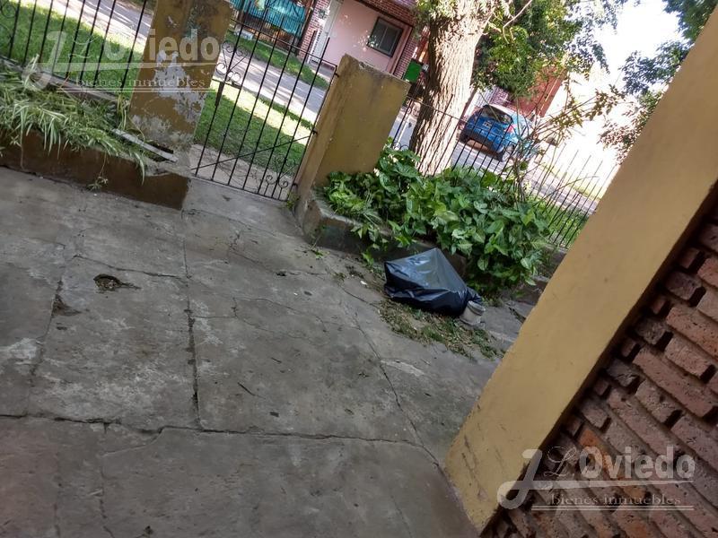 Foto Casa en Venta en  Moreno ,  G.B.A. Zona Oeste  Paraguay al 7700