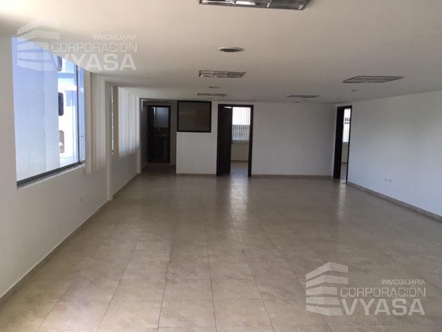 Foto Oficina en Alquiler en  Norte de Quito,  Quito  SECTOR LA Y - VOZANDES Y MARIANO ECHEVERRÍA, BONITA OFICINA DE RENTA DE 120 m2