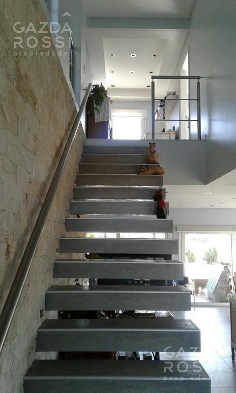 Foto Casa en Venta | Alquiler en  Santo Domingo ,  Guernica  ruta 58
