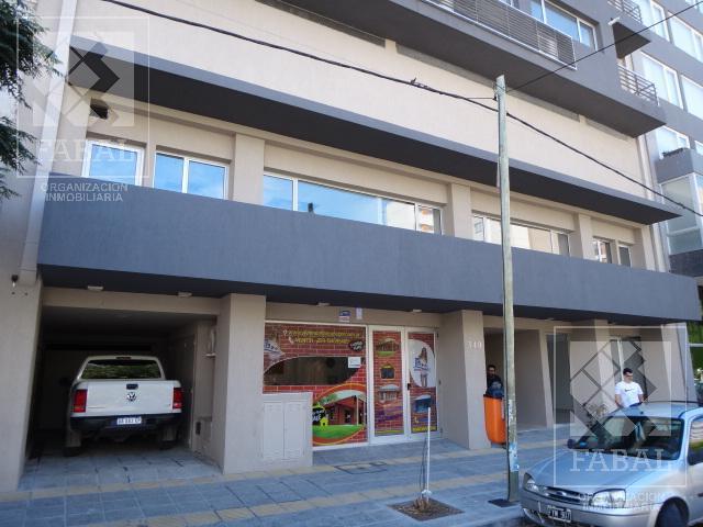 Foto Departamento en Venta en  Área Centro Este ,  Capital  Rivadavia 340