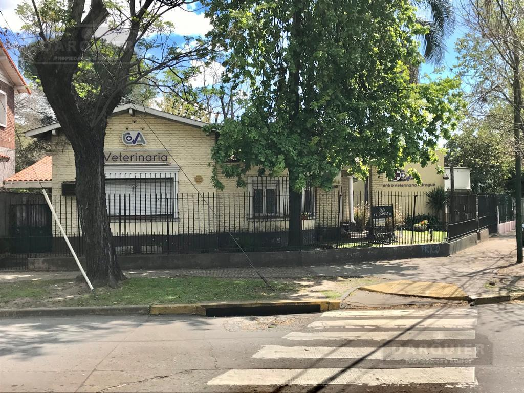 Foto Casa en Venta en  Adrogue,  Almirante Brown  AVENIDA ESPORA N° 498 ESQUINA CANALE