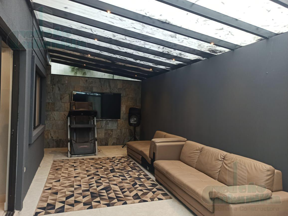 Foto Casa en Venta en  Vía a la Costa,  Guayaquil  VENTA DE HERMOSA CASA PRIMEROS KMS VIA A LA COSTA