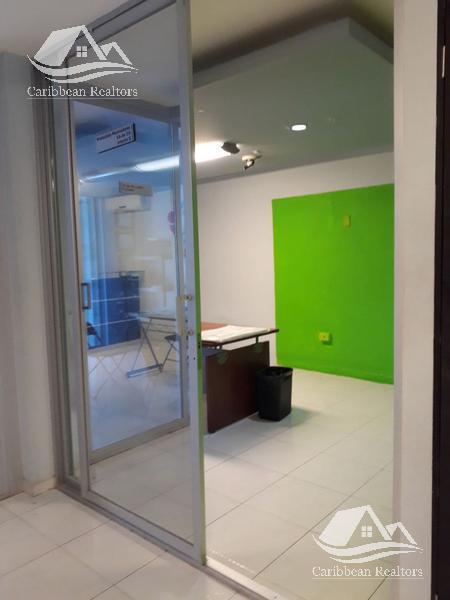 Foto Edificio Comercial en Renta en  Supermanzana 50,  Cancún  Edificio en renta en Cancun / Sm 50