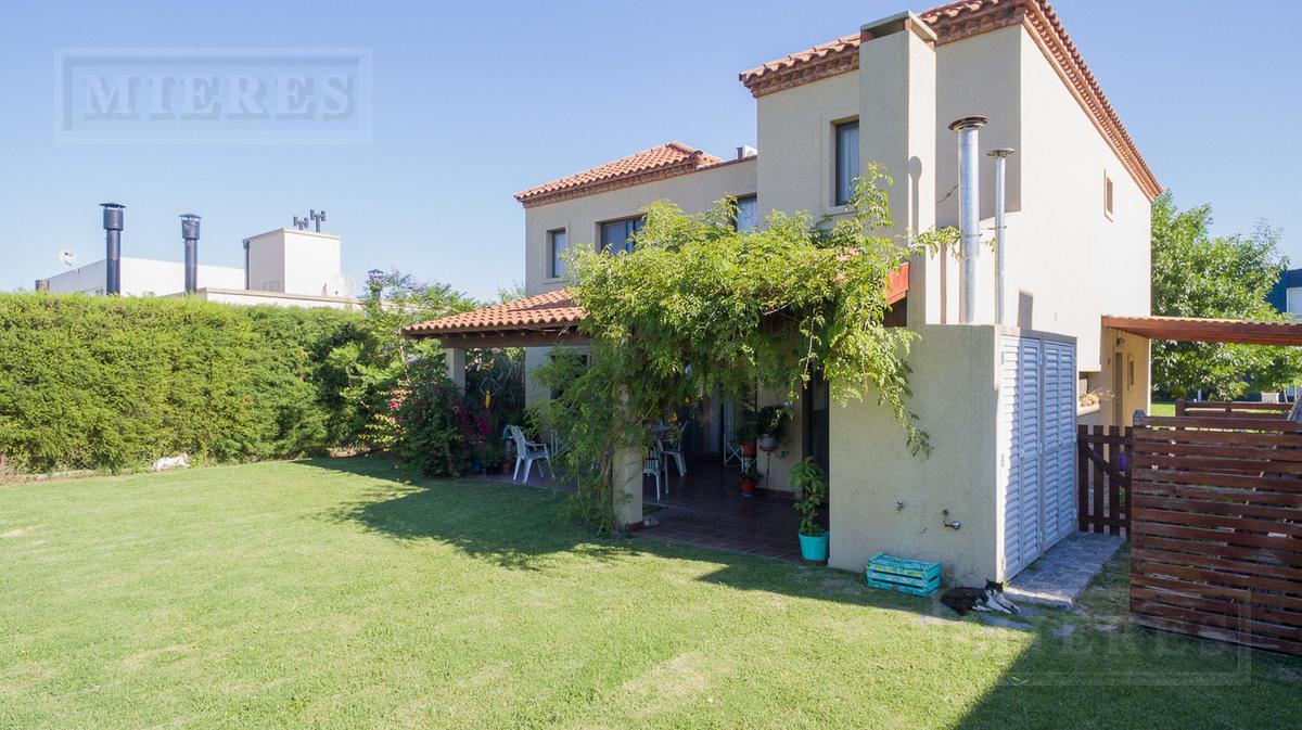 Casa en venta y alquiler en La Comarca