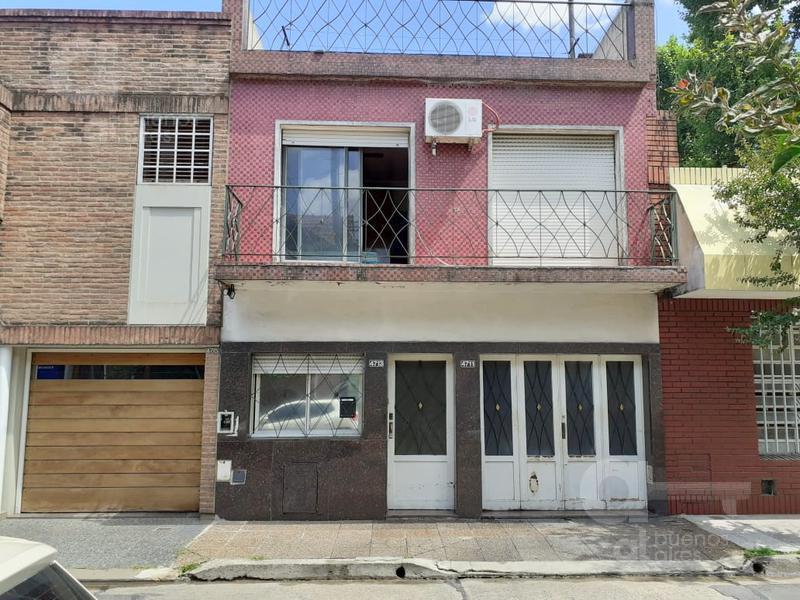 Foto Casa en Venta en  Velez Sarsfield ,  Capital Federal  Pje. Edmundo Damicis entre Carrasco y Bermudez