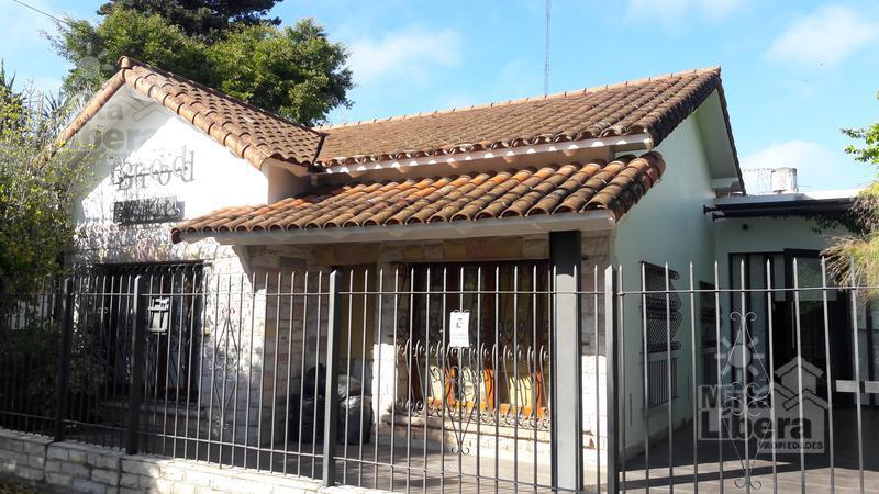 Foto Local en Alquiler en  City Bell,  La Plata  Calle 14A  entre  473bis y Cantilo