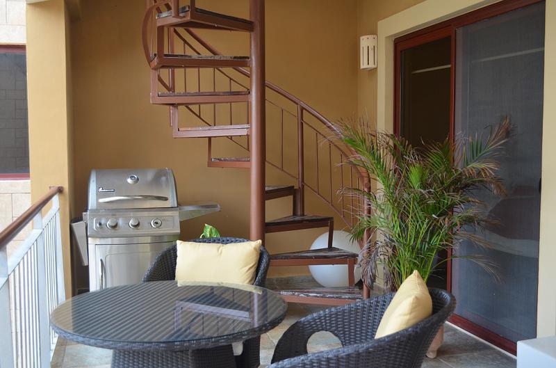 Playa del Carmen Centro Apartment for Sale scene image 4