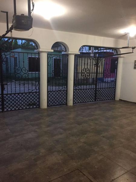 Foto Casa en Venta en  Miguel Hidalgo,  Villahermosa  Casa Sola Residencial Privada Las Torres Villahermosa