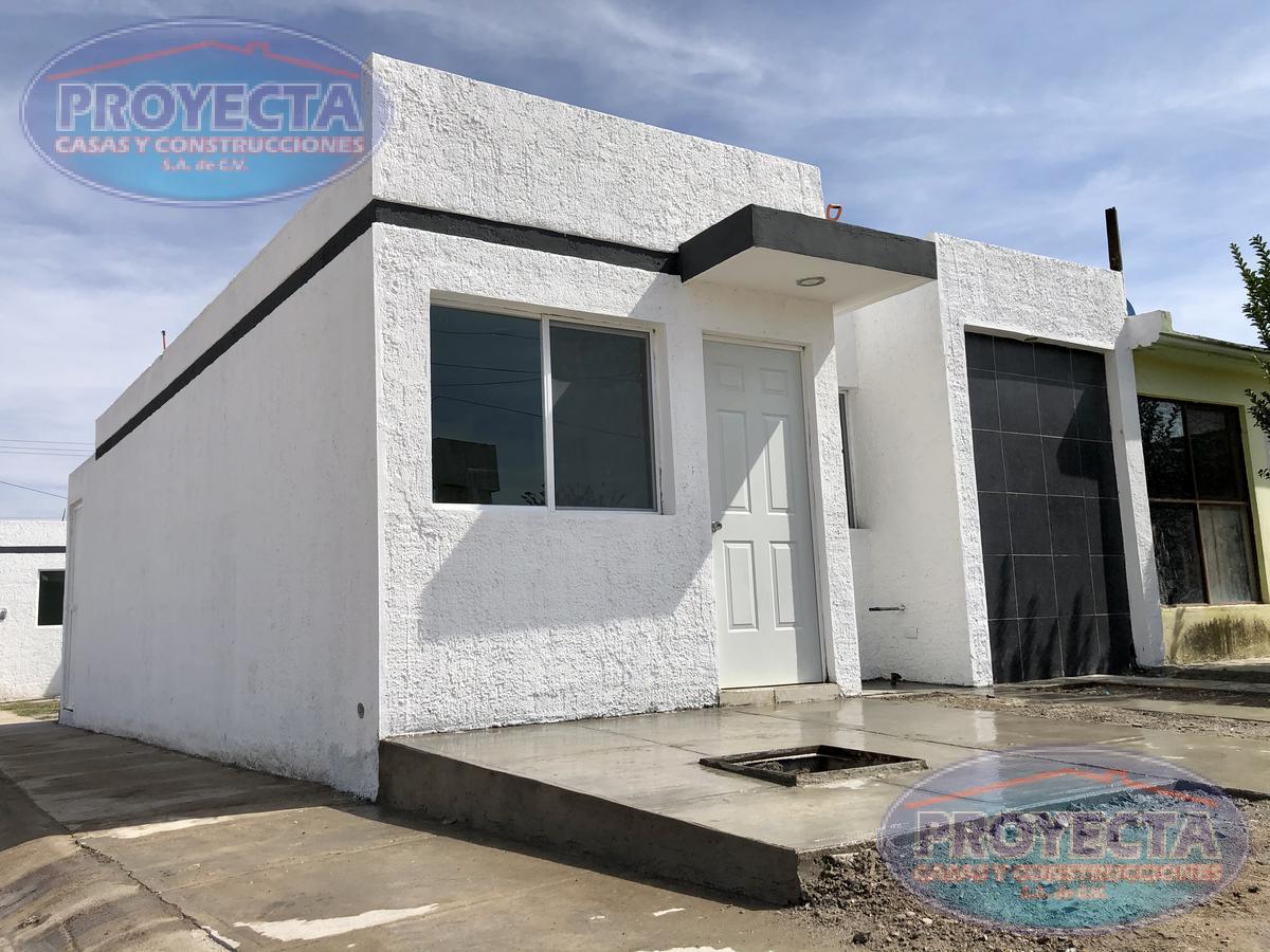 Foto Casa en Venta en  Fraccionamiento Valle Oriente,  Durango  CASA EN ESQUINA CON TERRENO AMPLIO CERCA DE LA VOLKSWAGEN , FRAC. VALLE ORIENTE
