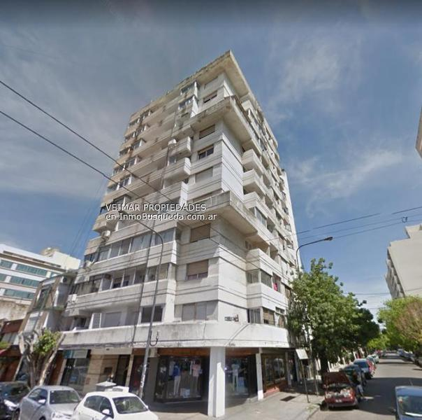 Foto Departamento en Venta en  La Plata,  La Plata  4 N°: 853 ESQ. 49