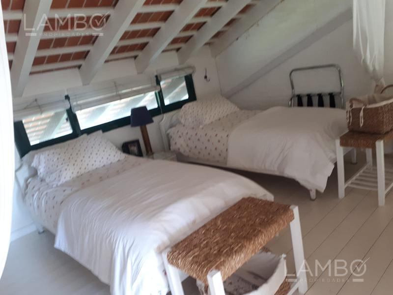 Foto Departamento en Alquiler temporario en  Playa Brava,  Punta del Este          Parada 16, La Brava-Punta del Este- FEBRERO