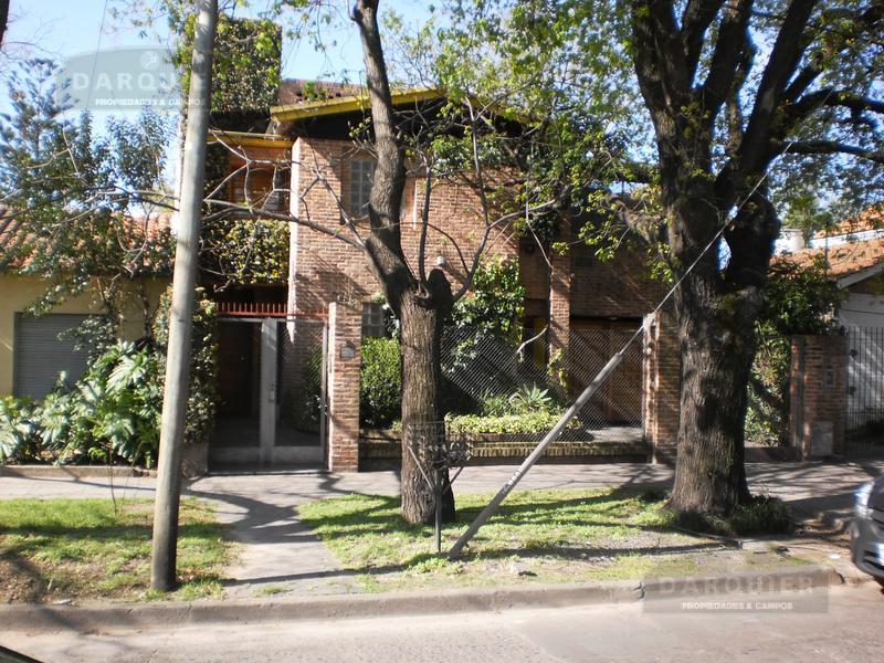 Foto Casa en Venta en  Adrogue,  Almirante Brown  EREZCANO 31