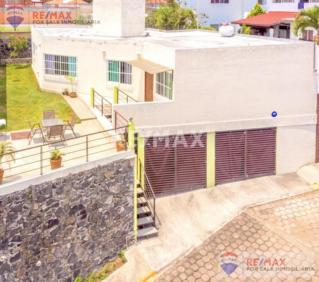 Foto Casa en Venta en  Fraccionamiento Ahuatlán Tzompantle,  Cuernavaca  Venta de casa en Ahuatlán Tzompantle, Cuernavaca…Clave 3150