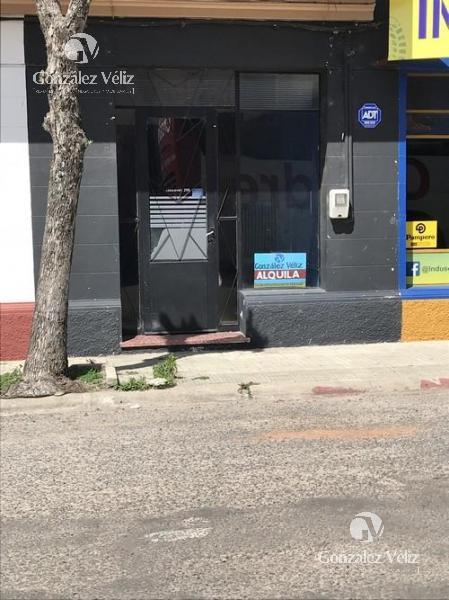 Foto Local en Alquiler en  Carmelo ,  Colonia  Roosevelt y Zorrilla