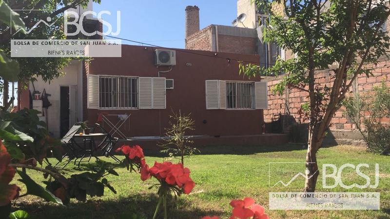 Foto Casa en Venta en  Rivadavia ,  San Juan  Gomez al 200