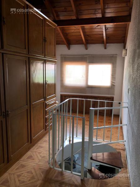 Foto PH en Venta en  Temperley Este,  Temperley  Vicente Stea 1503