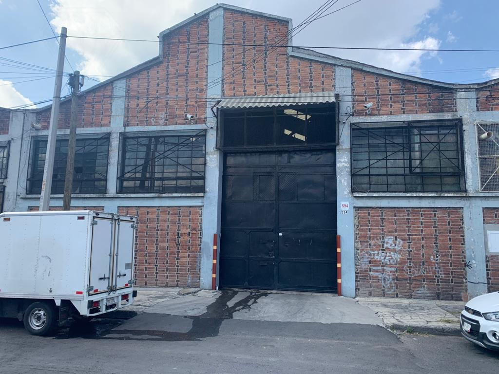 Foto Bodega Industrial en Renta en  Arenal,  Azcapotzalco  Col. Arenal, Bodega a la renta en calle Chopo (GR)