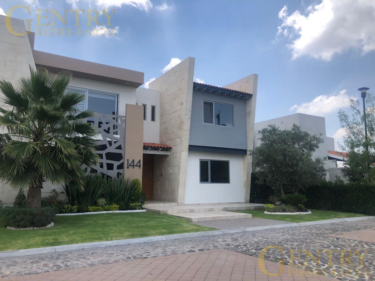 Foto Casa en Venta en  Fraccionamiento El Campanario,  Querétaro  EXCELENTE RESIDENCIA EN EL CAMPANARIO